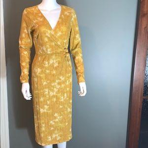 June & Hudson Womans Yellow Dress SZ.M